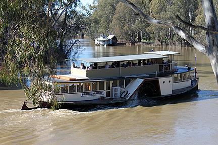 Euchuca_steamboat
