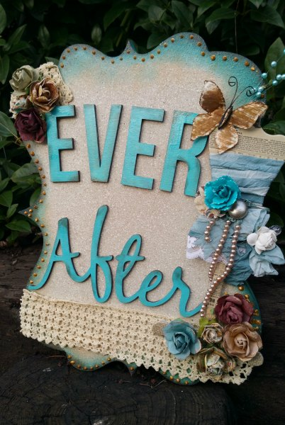 Happilyeverafter_front
