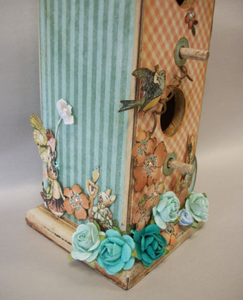 SpringTime Birdhouse  Bottom